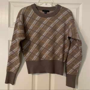 Ann Taylor Vintage Crop Sweater Top size Small